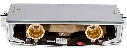 Vue des raccordements arrières du mitigeur thermostatique pour douche select d'hansgrohe